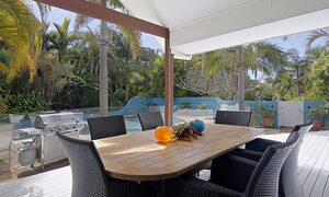 Abode at Byron - Outdoor Dining & BBQ