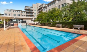 Alberts on Esplanade - Port Melbourne - Pool