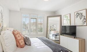 Alberts on Esplanade - Port Melbourne - Bedroom 1b