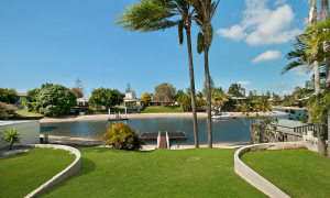 At Riverbend - Broadbeach Waters - to canals