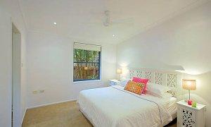 Aurora Byron Bay - Master bedroom 1