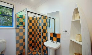 Aurora Byron Bay - Shared bathroom