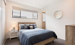 Bay Breeze - Broadbeach waters - Gold Coast - Bedroom 3
