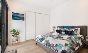 Bay Breeze - Broadbeach waters - Gold Coast - Bedroom 4