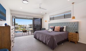 Bay Breeze - Broadbeach waters - Gold Coast - Master Bedroom