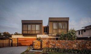 Bay Rock House - Byron Bay - Street View Dusk