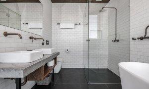 Beach Box - Byron Bay - Bathroom 1