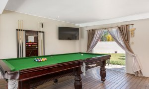 Bella on Banyan - Gold Coast - Pool Room