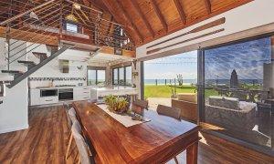 Belongil on The Beach - Byron Bay - Dining Kitchen