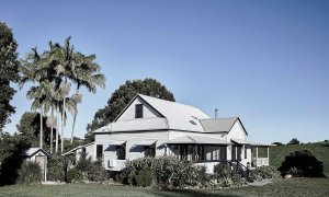 Bennys Cottage - Byron Bay - Real Living Shoot Outdoors