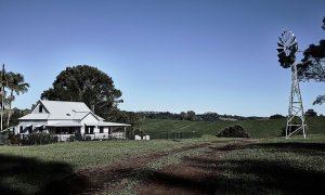 Bennys Cottage - Byron Bay - Real Living Shoot Windmill