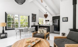 Black Star - Byron Bay - Living Area Looking Over to Dining Area and Kitchen