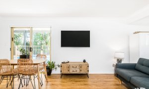 Boulders Retreat - Lennox Head - Dining and Living Area c