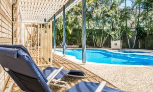 Boulders Retreat - Lennox Head - Pool and Chairs