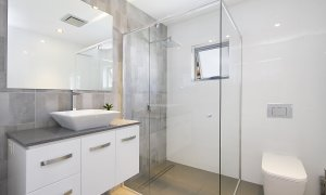 Buena Vista - Broadbeach Waters - Bathroom 2