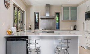 Byron Beach Style - Kitchen