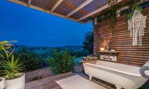 Byron Hills Hinterland Retreat - Byron Bay - Outdoor Bath