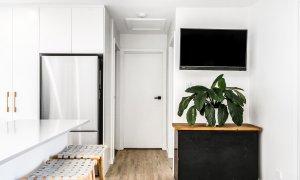 Caba Cabana - Cabarita Beach - Kitchen Towards Bedroom 1