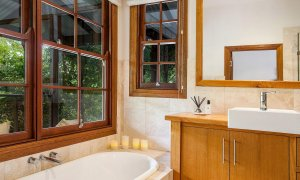 Callistemon View - Byron Bay Hinterland - Federal - Bathroom