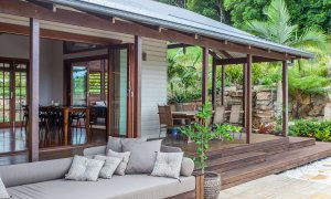 Callistemon View - Byron Bay Hinterland - Federal - deck and daybed