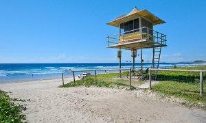 Camden House #11 - Gold Coast - Beach Entrance