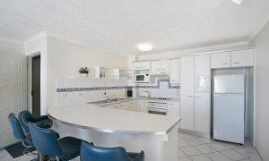 Camden House #11 - Gold Coast - Kitchen