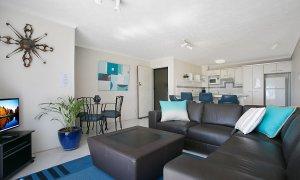 Camden House #11 - Gold Coast - Living Area b