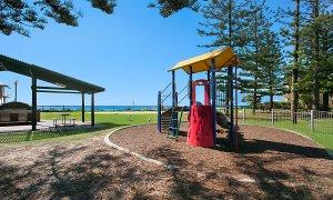 Camden House #11 - Gold Coast - Playground Opposite Building