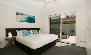 Capri Waters - Isle of Capri, Surfers Paradise - Bedroom 2