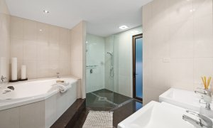 Casa Grande - Broadbeach Waters - Bathroom Master Ensuite
