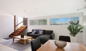 Casa Grande on the Water - Surfers Paradise - Basement Living and dining