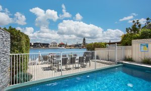 Casa Grande on the Water - Surfers Paradise - Pool