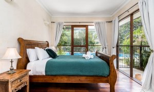 Casa Serena - Byron Bay - Master Bedroom
