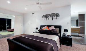 Casa Vacanze - Broadbeach Waters - Master bedroom