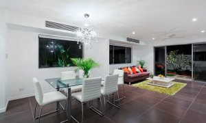Casa Vacanze - Broadbeach Waters - Dining area