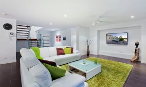 Casa Vacanze - Broadbeach Waters - Main living area