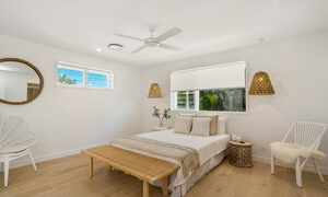 Castaway on Tallows - Byron Bay - Upstairs Master Bedroom 4