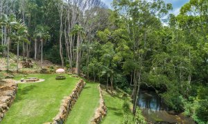 Charlottes Web - Byron Bay - Aerial Firepit and Creek b