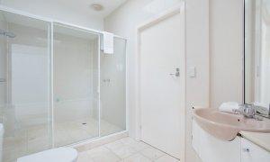 Chevron Oasis - Gold Coast - Bathroom 2