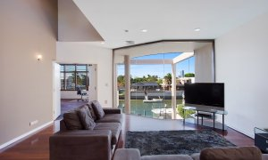 Chevron Oasis - Gold Coast - Second Living Area