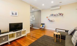 Clifton Park - Clifton Hill - Living Area