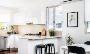 Clique 3 - Byron Bay - Kitchen b