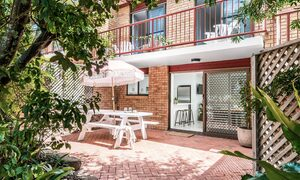 Cooinda - Byron Bay - Front Patio a
