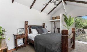 Eastern Rise Studio - Byron Bay Hinterland - Master Bedroom-2d