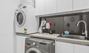 Edinburgh Place - Flemington - Laundry