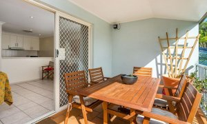 Heathers Hideaway - Byron Bay - Front Patio