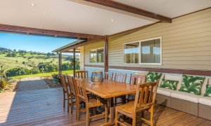 Hinterland Harmony - outside dining table with view