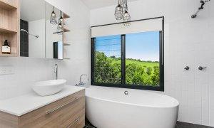 Coorabell Cottages - Rainforest Cottage - Bathroom