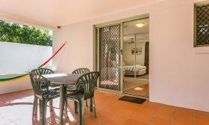 Apartment 1 Surfside - Main Beach - Byron Bay - Outdoor Setting