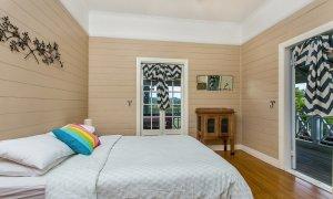 Basil's Brush - Bedroom